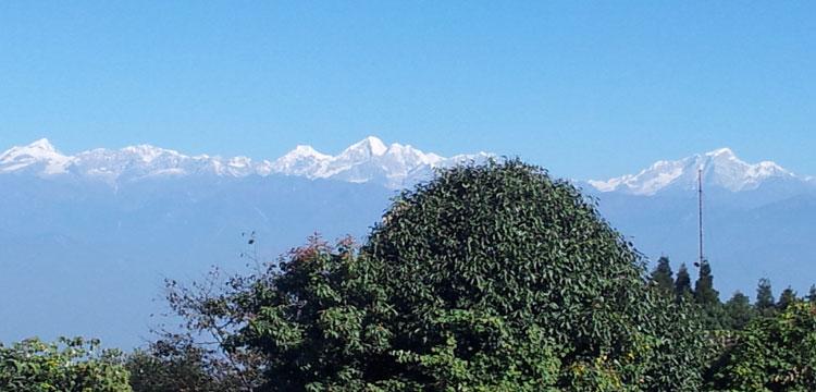 Trekking to Langtang, Gosaikunda & Helambu